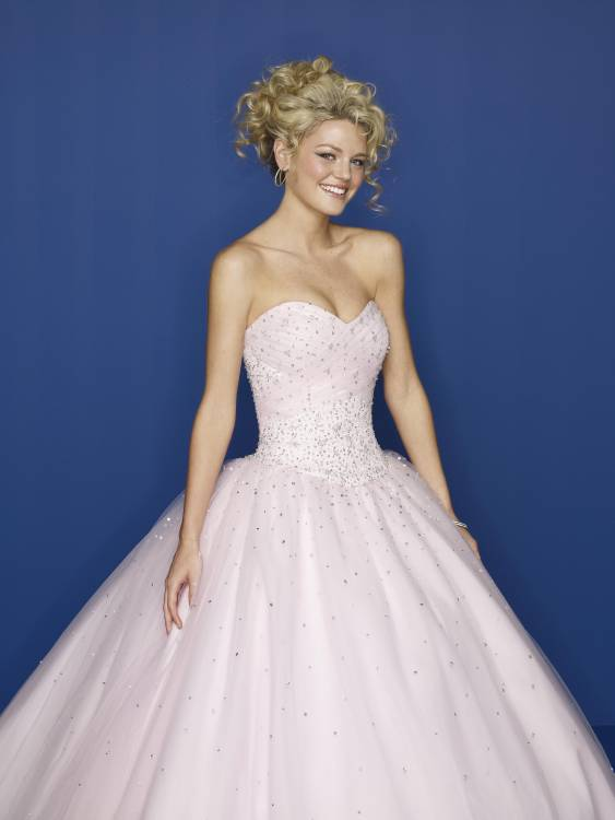 white sweetheart prom ball gown