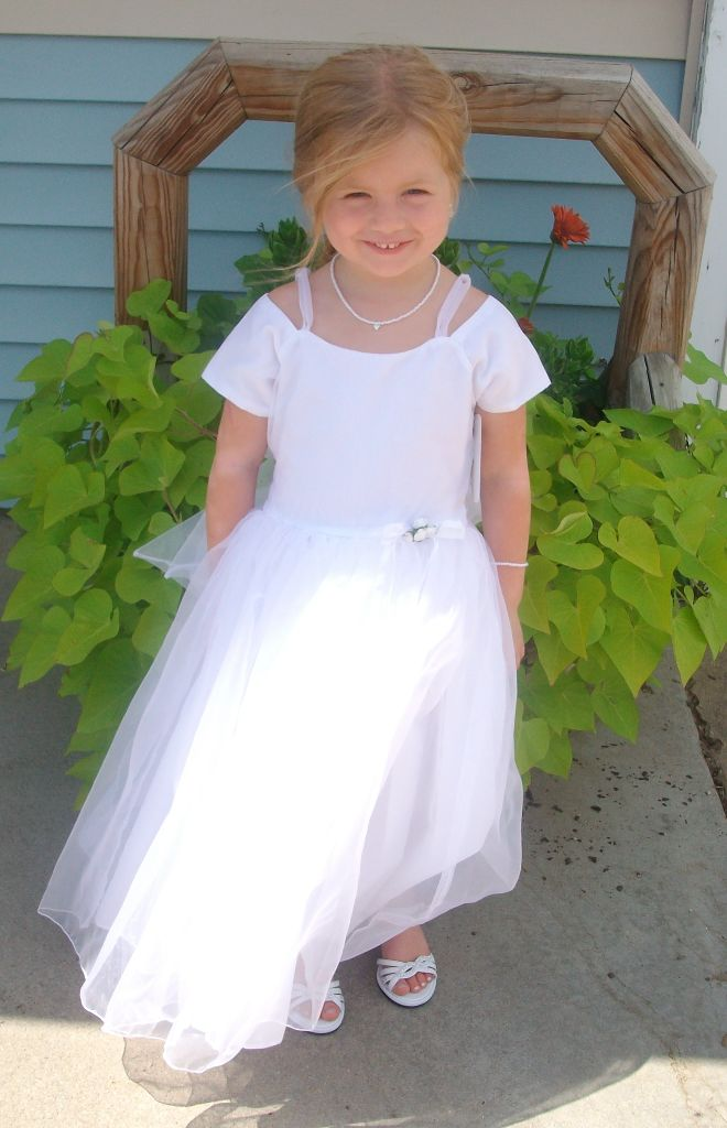 Girls size 5 white pageant dress $25