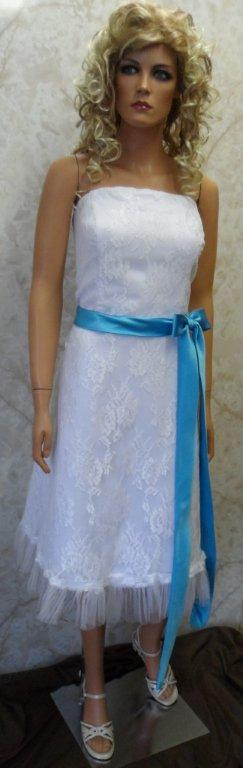 White lace wedding gown with pool blue sash