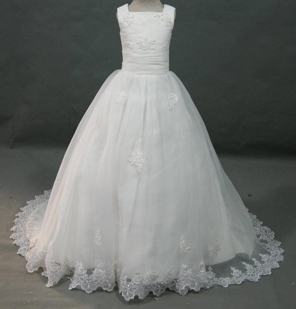 Ball Gown Organza Lace Wedding Dress